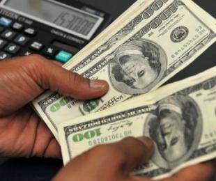 foto: Abrupta caída del dólar libre: cerró a $14,45