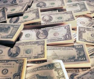 foto: El dólar blue se hunde 19 centavos y cotiza a $14,77
