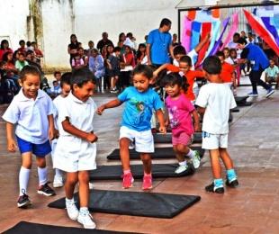 foto: Fiesta de Educación Física de los Jardines Maternales