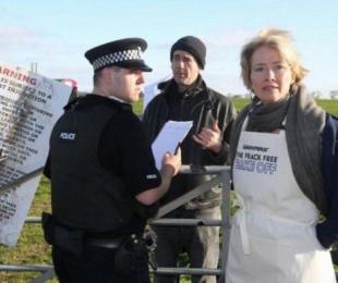 foto: Atacaron a la actriz Emma Thomson con estiércol