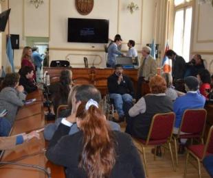 foto: Concejales sobre el funcionamiento de la boleta electrónica
