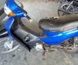Persecución: ladrones tiraron moto robada en Capital