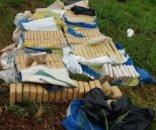 foto: Efectivos detectaron 210 panes de marihuana ocultos en la maleza