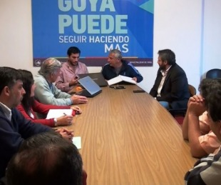 foto: Bassi otorgó un 30% de aumento para municipales