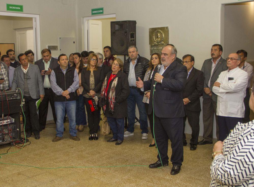 foto: Santa Lucía: el Gobernador reinauguró el Hospital local