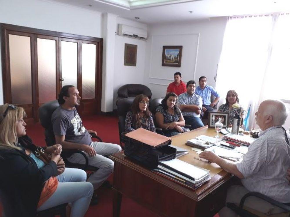 foto: Intendente Osella recibió a vecinos del barrio Santa Lucía