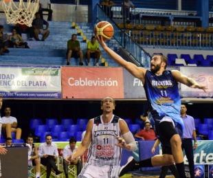 foto: Regatas recibe a Salta Basket en el Contte