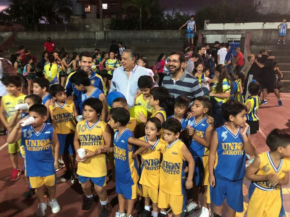 foto: Club Arroyito inauguró temporada 2018 del mini básquet