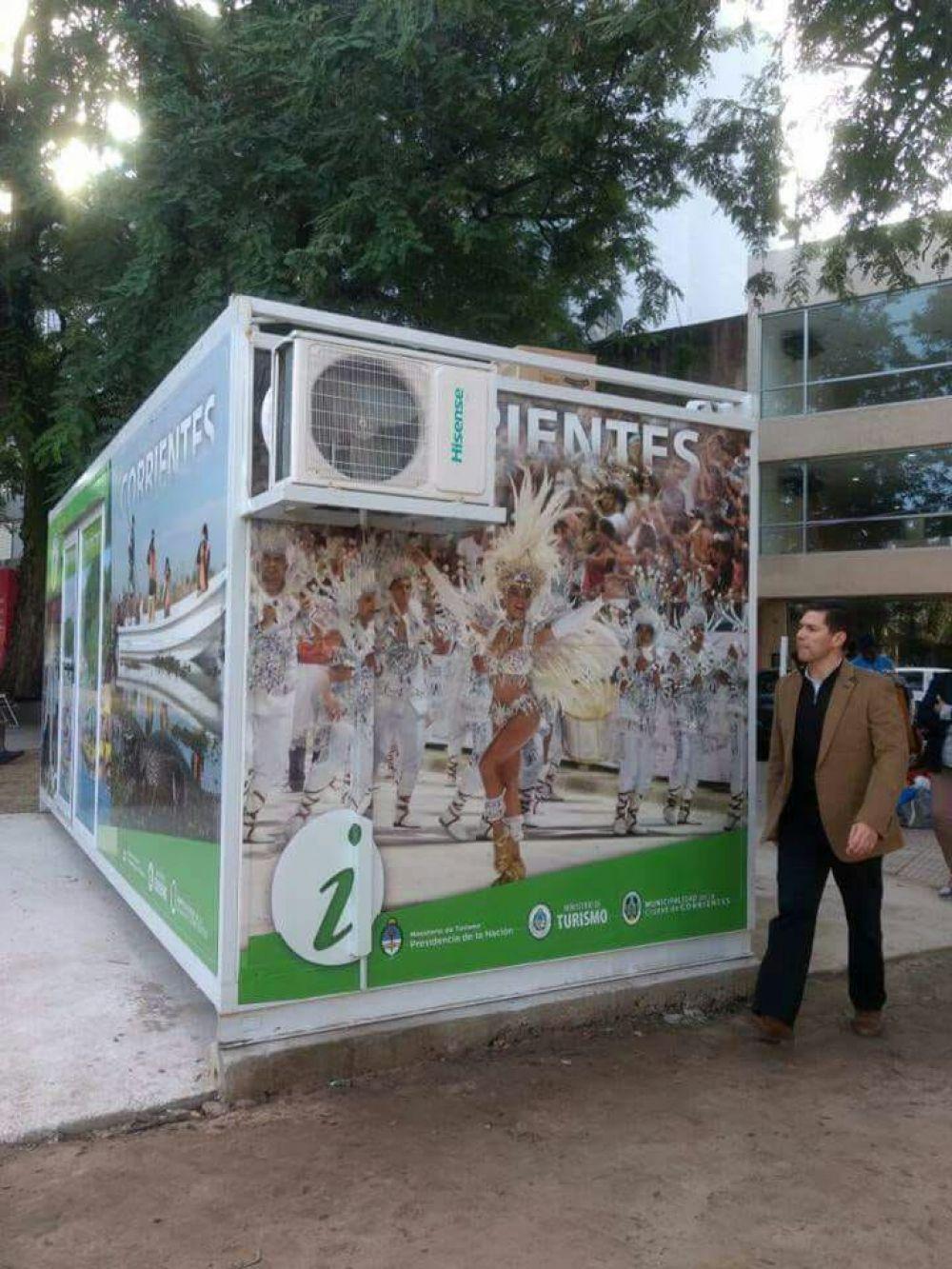 foto: Plaza Vera: Inauguraron un centro de información turística