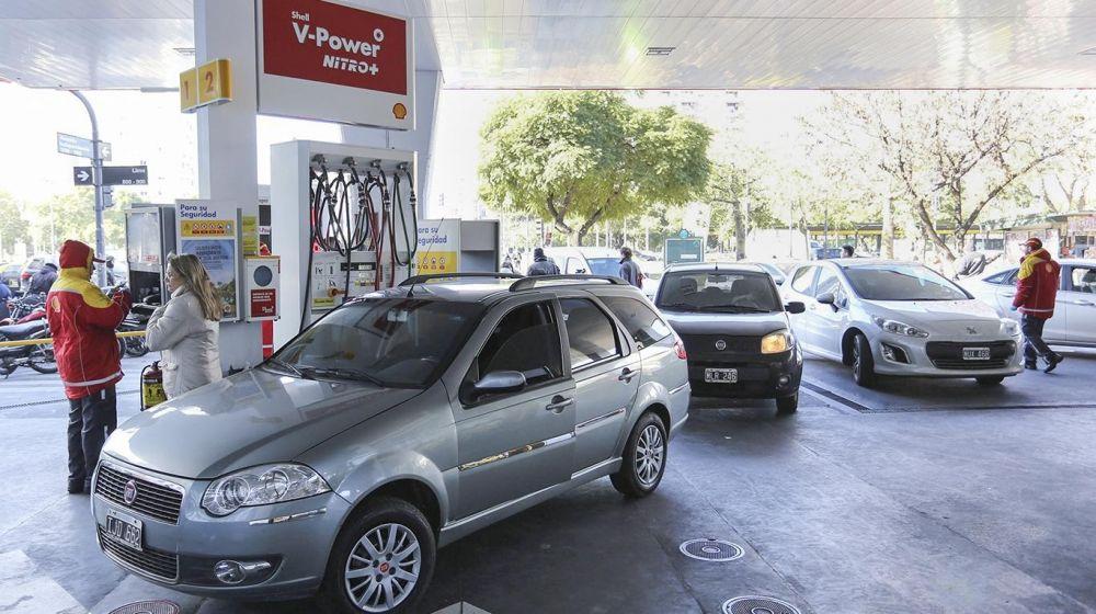 foto: Shell se suma a YPF y baja la nafta súper y el gasoil