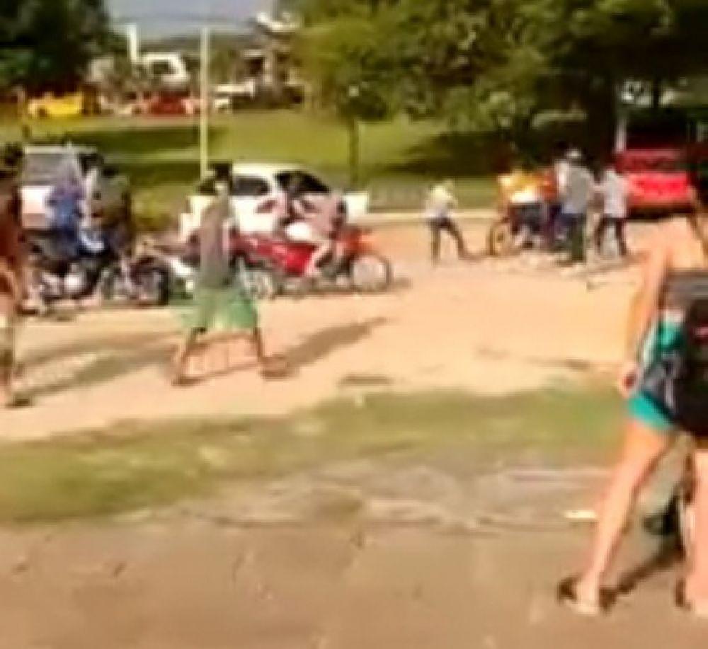 foto: Video: descontrol y riña en plena Costanera dejó un hombre herido