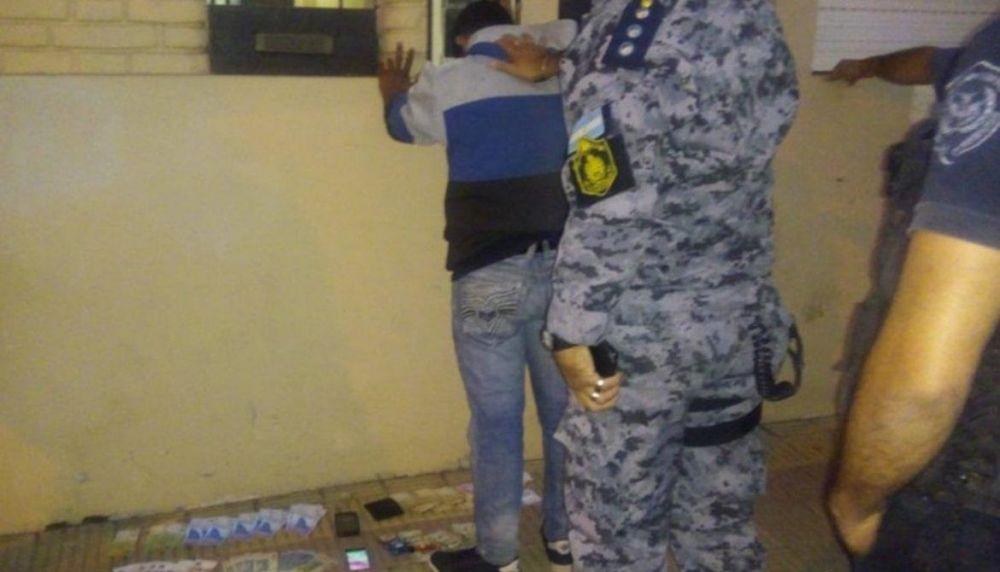 foto: Detuvieron a colombiano armado con un revólver y un cuchillo
