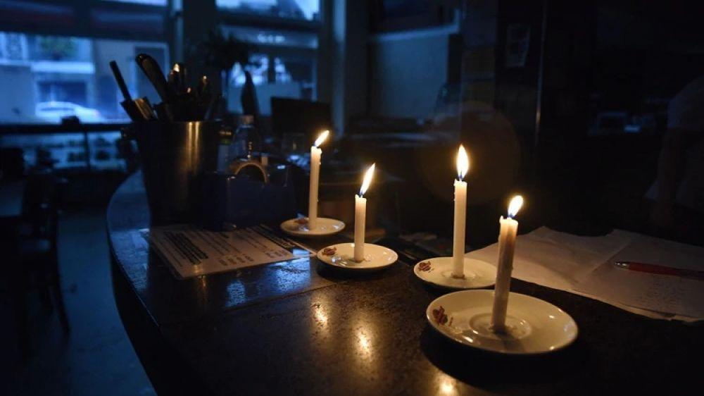 foto: Tras el apagón, se restableció el 100% de la luz en todo el país