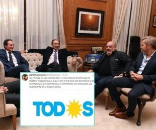 foto: Tras la polémica foto, Barrionuevo ¿se distancia de Camau?