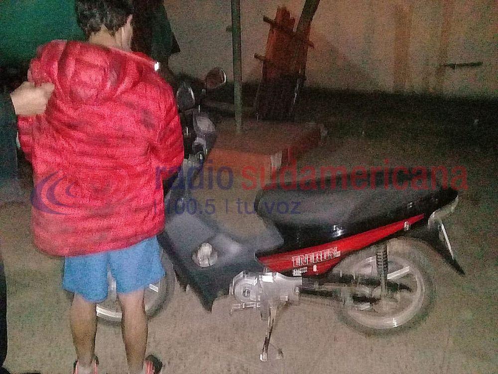 foto: Ladrón le robó la moto a un canillita y terminó detenido