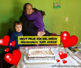 foto: GRACIAS! Los chicos del merendero San Jorge ya tienen su torta!!