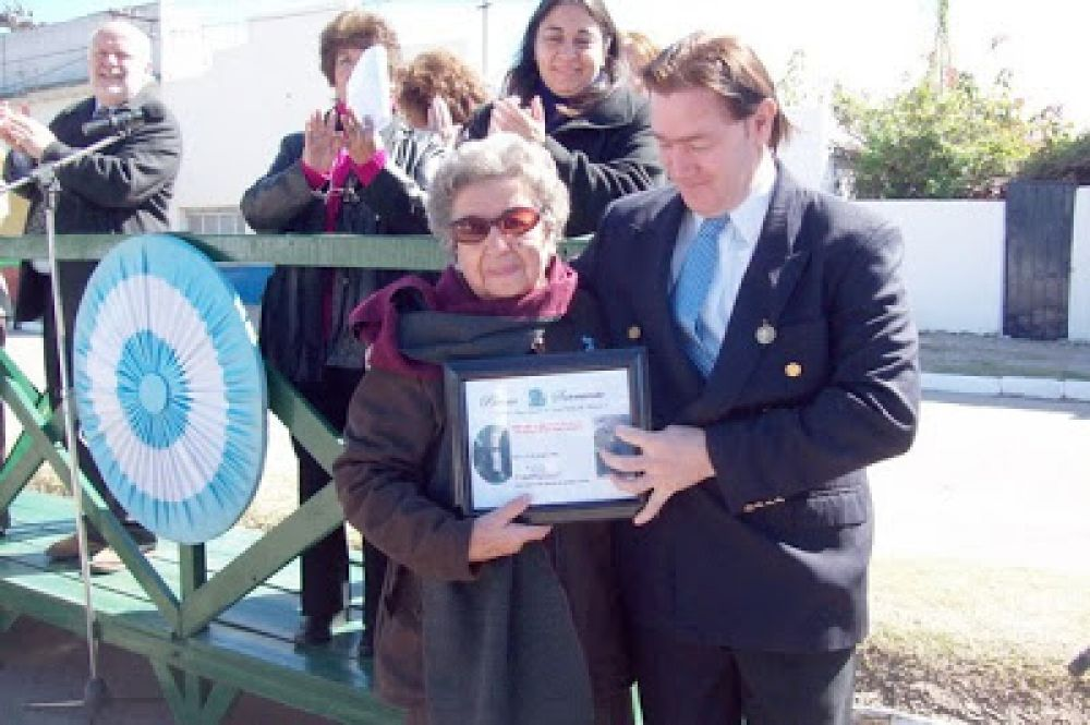 foto: Entregarán reconocimientos en Goya en el Día del Maestro