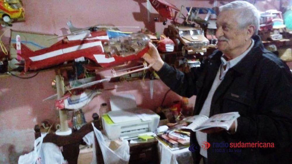 foto: El Pami restituirá asistencia al jubilado que fabrica juguetes