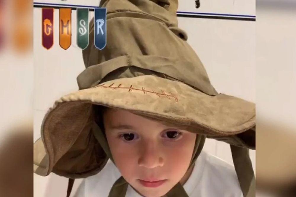 foto: Mateo se probó el sombrero seleccionador, se enojó por la casa que le tocó e impuso