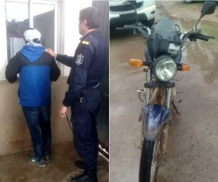 foto: Atraparon a sujeto que golpeó en la cabeza a motociclista para robarle