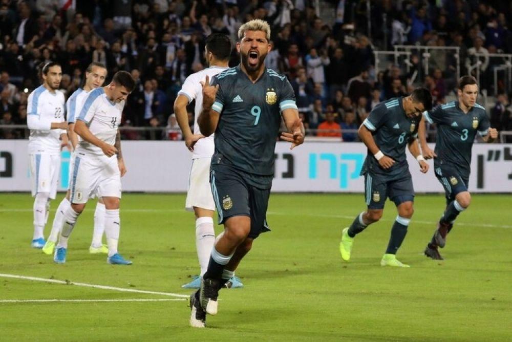 foto: Con un gol de Messi sobre el final, Argentina igualó 2-2 ante Uruguay