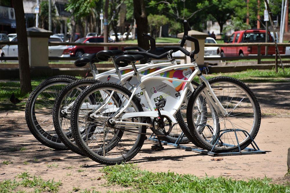 foto: Vecinos y turistas pueden realizar paseos gratuitos en bicicleta