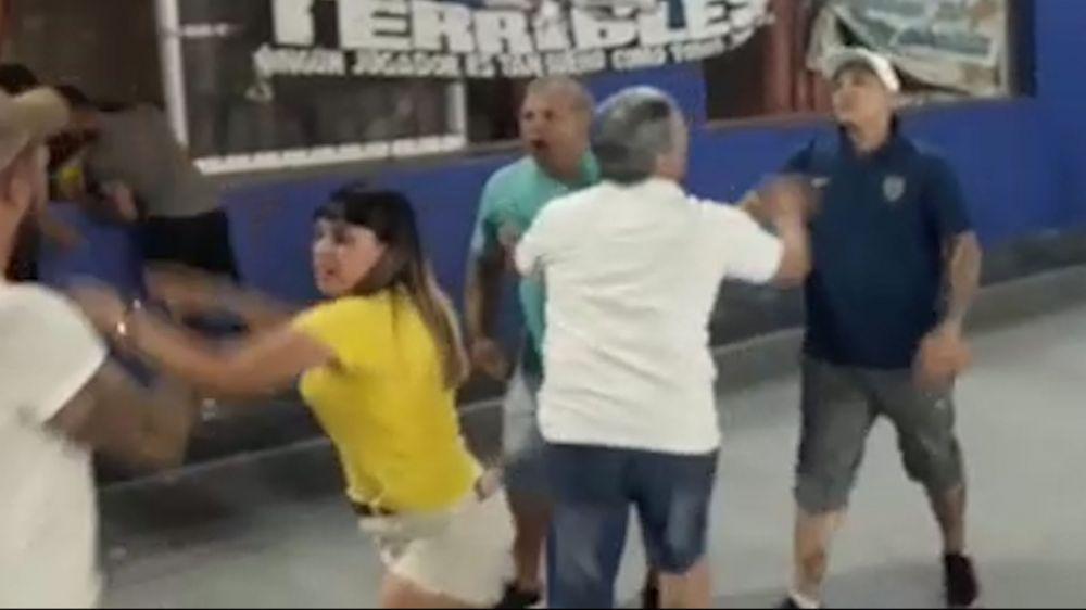foto: Batalla campal entre padres en un torneo de fútbol infantil