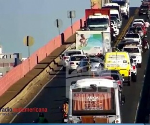 foto: ESTADO DEL PUENTE| Actualización 11/12/2019 - 17:40 Hs Tránsito del Puente #Chaco #Corrientes -  DEMORAS, Choque Múltiple mano a Corrientes
