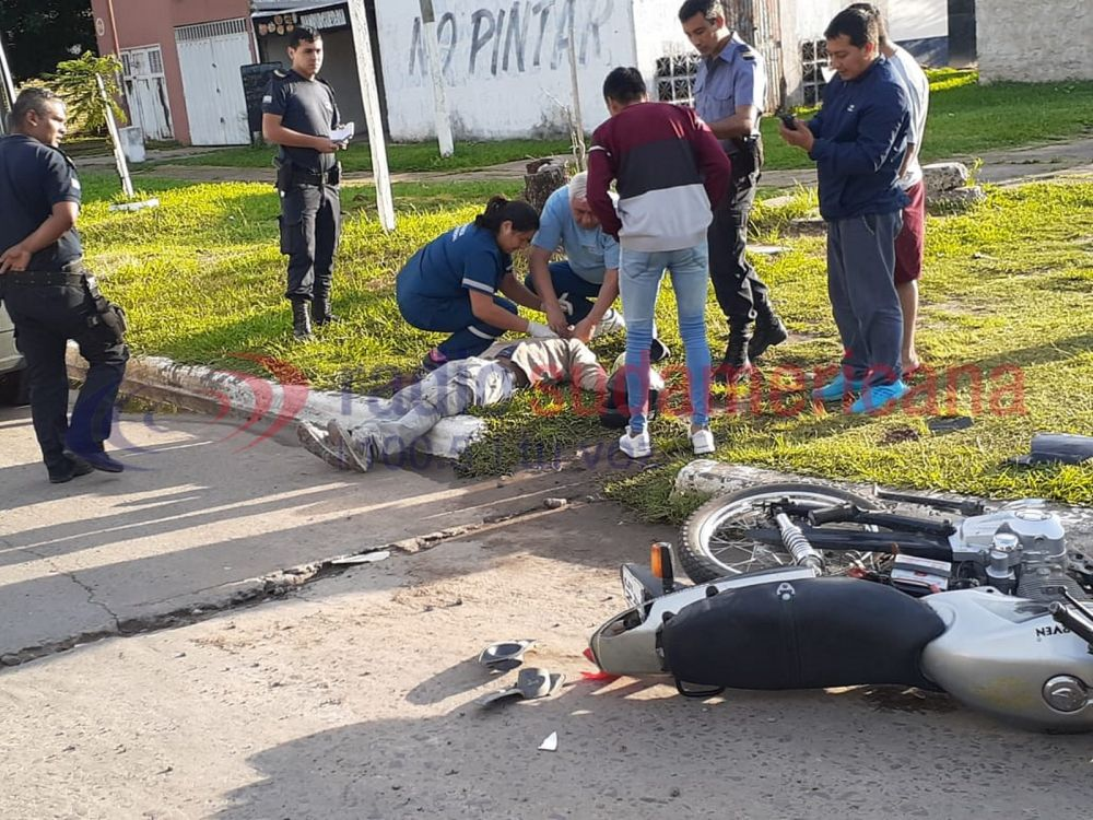 foto: Iba en contramano, chocó a un motociclista y se dio a la fuga