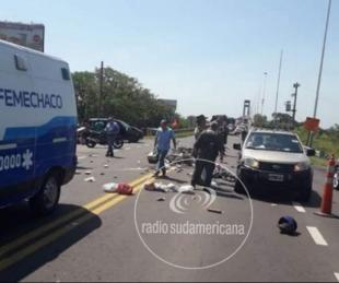 foto: Murió un motociclista en un choque múltiple en el puente Belgrano