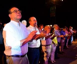 foto: Junto a miles de vecinos, Tassano disfrutó de la apertura de la Fiesta