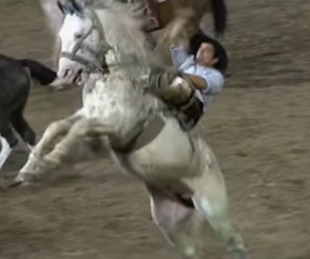 foto: Tras la muerte de un jinete, se accidentó otro y está grave
