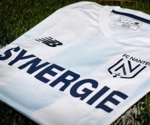 foto: La camiseta argentina del Nantes en homenaje a Emiliano Sala