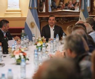 foto: El Gobernador se reunió con su Gabinete y les pidió