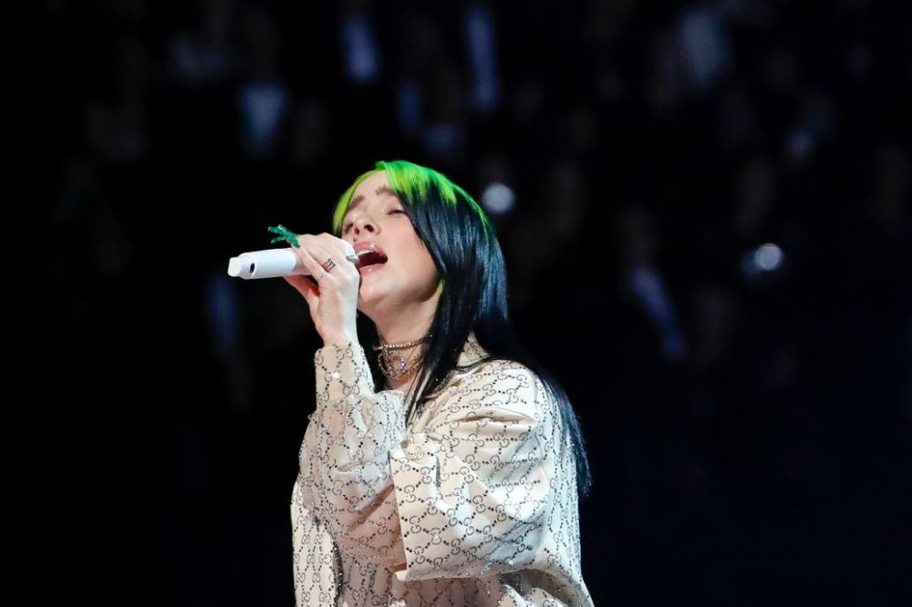 Billie Eilish triunfó en los Premios Grammy