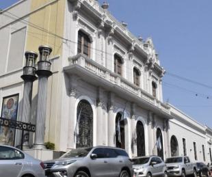 foto: Inicia pago de la primera cuota del bono para empleados municipales