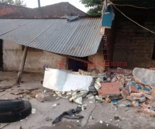 foto: Hallan la camioneta que chocó a dos casas: demoraron al conductor