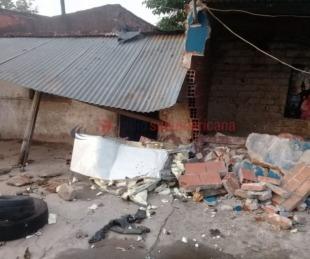 foto: Video: chocó, destruyó dos casas y el conductor se dio a la fuga
