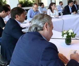 foto: Fernández firmó DNU para prohibir cortes de servicios esenciales