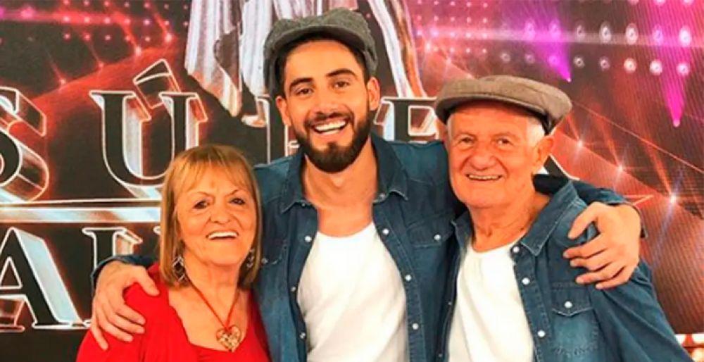 foto: Ricardo Arjona se declaró fan de los abuelos de Nicolás Occhiato