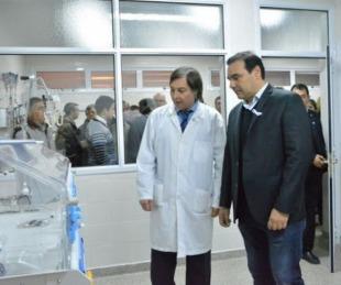 foto: Valdés confirmó que firmaron decreto de bono extraordinario para trabajadores de la salud
