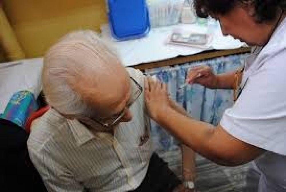 foto: Por la pandemia se aplicará la vacuna antigripal casa por casa