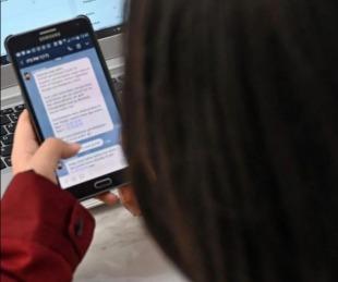 foto: La OMS lanzó la versión en español del servicio de información por WhatsApp
