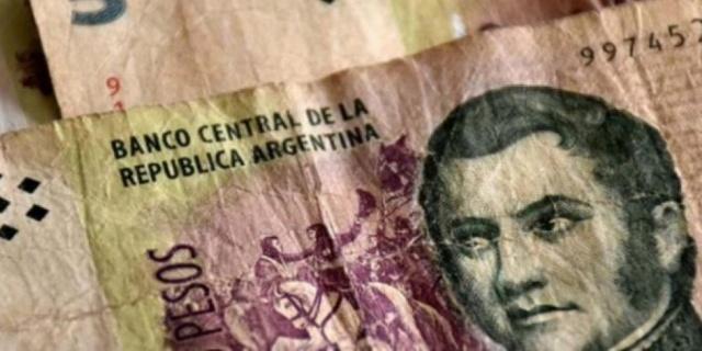 foto: Los billetes de $5 podrán cambiarse hasta el 29 de mayo