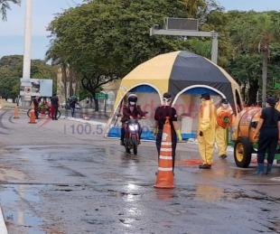 foto: Estrictos controles sanitarios en la bajada del puente Manuel Belgrano