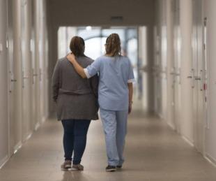 foto: Enfermeros piden que se los incluya en el adicional de $10 mil