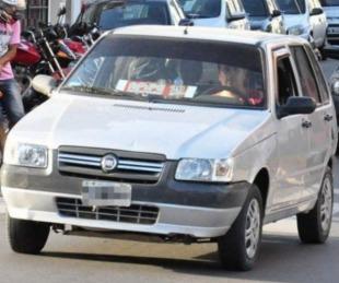 foto: El lunes arrancaría pago del bono para remises, taxis y combis