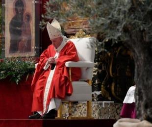 foto: Francisco inicia Semana Santa con un mensaje por el coronavirus