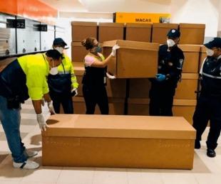 foto: Ecuador: utilizarán ataúdes de cartón para sacar muertos de la calle
