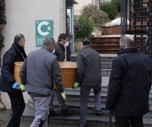 foto: España confirmó 637 muertes y es la cuarta baja en la cifra de víctimas